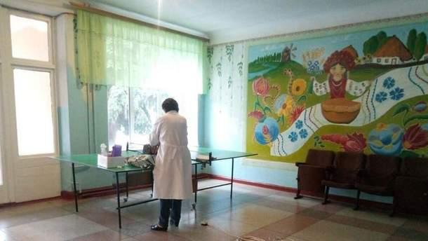 В школе на Донбассе применили слезоточивый газ