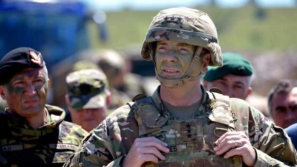Ходжес считает, что войска НАТО должны быть такими же быстрыми в Европе, как и русские на своей территории