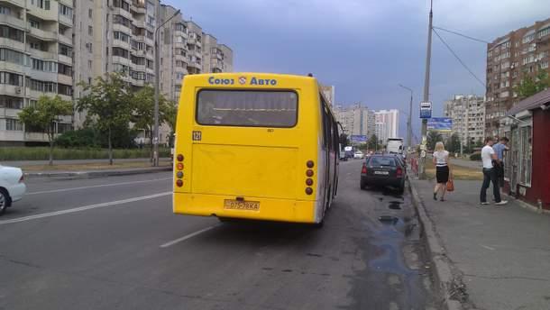 В Киеве напали на маршрутку