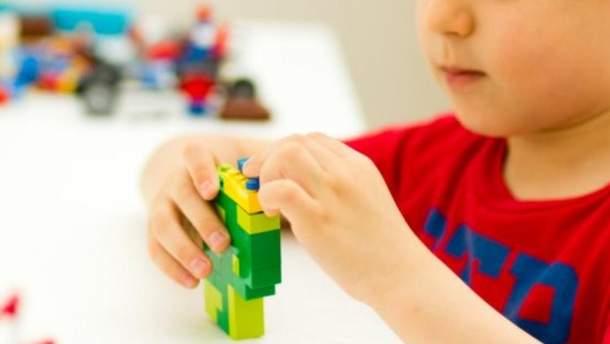 Які області України найперші отримають безкоштовні LEGO для першачків: озвучений список