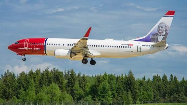 Во Львове экстренно сел самолет Norwegian B737