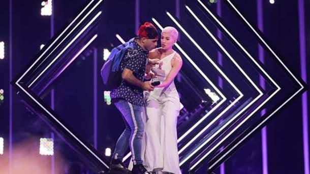 Евровидение-2018: нападение на SuRie