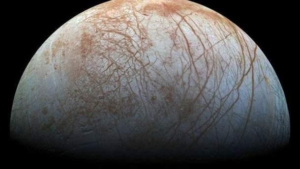 Вчені виявили ознаки існування океану на супутнику Юпітера