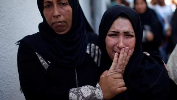 Палестинцы похоронили 8-месячную девочку – жертву столкновений на территории Сектора Газы