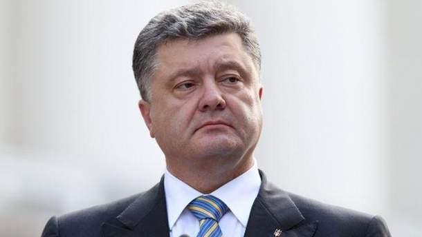 Порошенко рассказал, какой должна быть единая поместная церковь в Украине