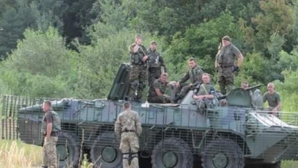 На Закарпатье столкнулись две боевые машины: есть пострадавшие