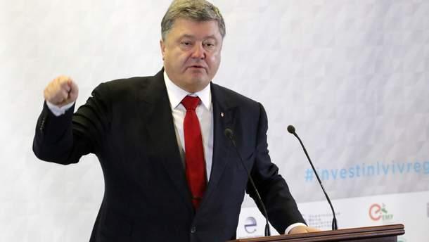 После объявления голодовки Сенцова Порошенко сделал призыв к мировому сообществу
