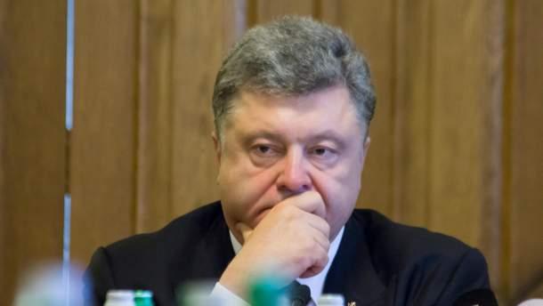 Порошенко відкликав свій законопроект про позбавлення громадянства