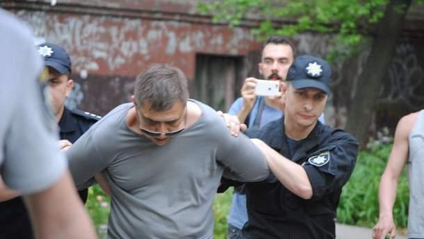 В Запорожье задержан мужчина, который бросил петарду в участников ЛГБТ-акции
