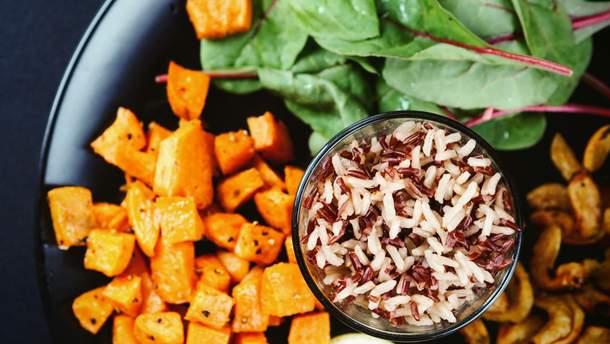 Віддавайте перевагу овочам та цільнозерновим продуктам