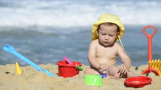 Як вберегти дитину від сонячних променів