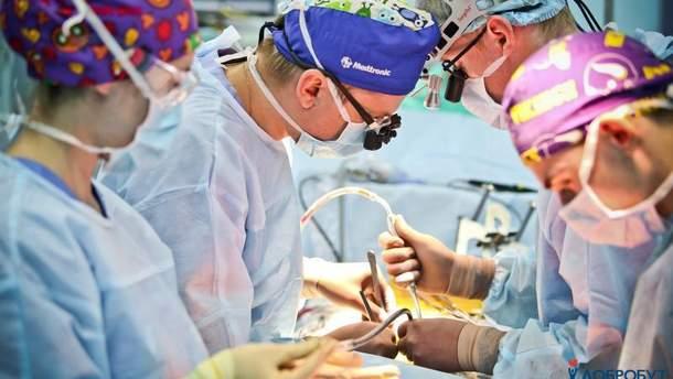 Чим мініінвазивна операція на серці відрізняється від звичайної