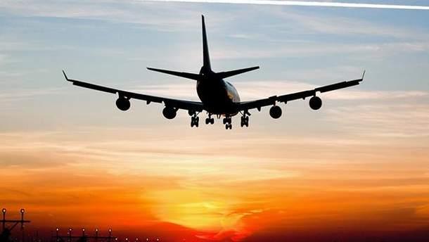 В Польше самолет совершил аварийную посадку