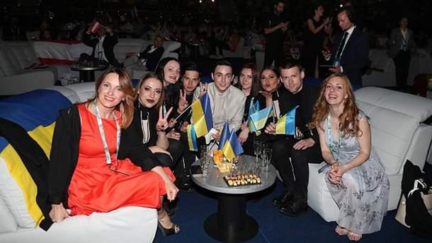 MELOVIN разом зі своєю командою на Євробаченні-2018