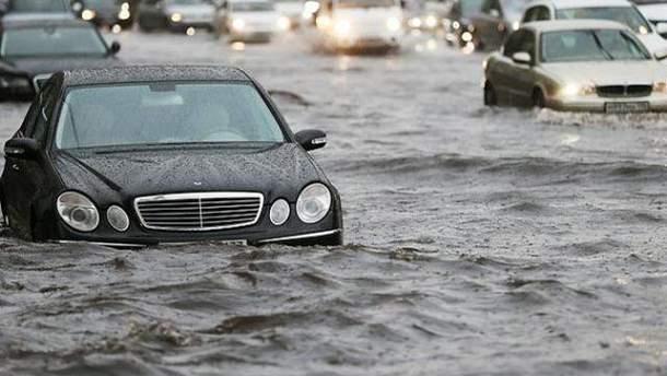 Зливи у Москві