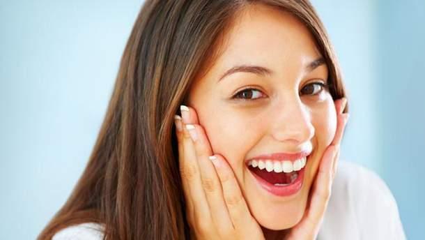 5 продуктов, которые могут частично заменить зубную пасту