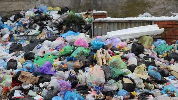 Щохвилини у світі використовують 10 мільйонів одноразових пластикових пакетів