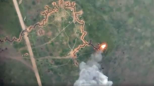 На Донбасі українські бійці знищили БМП окупантів