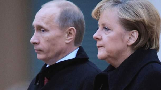 Порошенко говорив з Меркель її поїздку до Росії