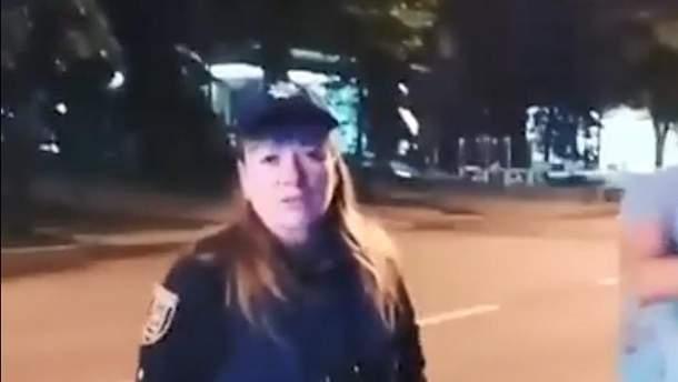 Сотрудница патрульной полиции въехала в авто которое сама же остановила