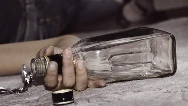 В Борисполе погибло шесть человек от отравления суррогатным алкоголем