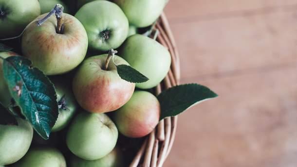Яблука цінні для всього організму