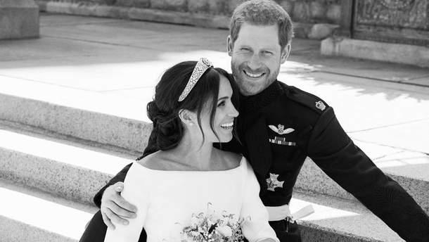Весільний портрет принца Гаррі і Меган Маркл 19 травня 2018 року
