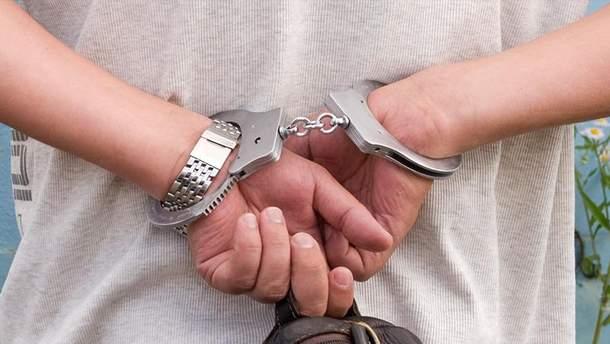 Винницкого чиновника задержали за получение взятки в виде обогревателя