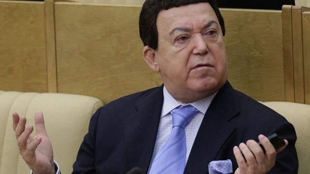 Иосифа Кобзона лишили всех государственных наград Украины