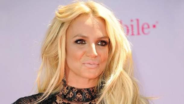 Бритни Спирс ответила на требование Кевина Федерлайна