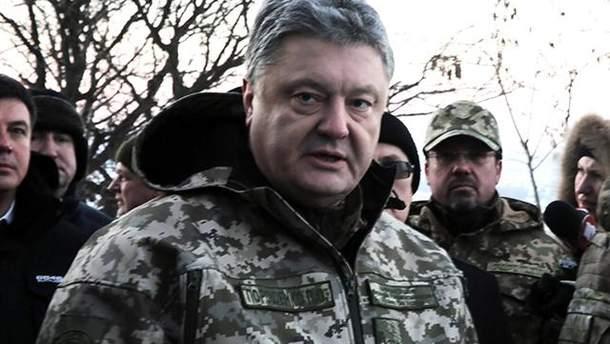 """Порошенко поручил резко увеличить на Донбассе количество ПТРК """"Стугна"""""""