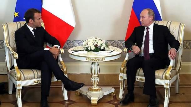 Макрон с Путиным поговорили о войне на Донбассе