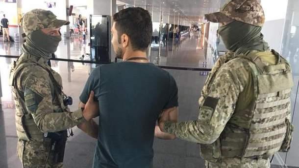 """В """"Борисполе"""" пограничники задержали иранца, который заявил, что он террорист"""