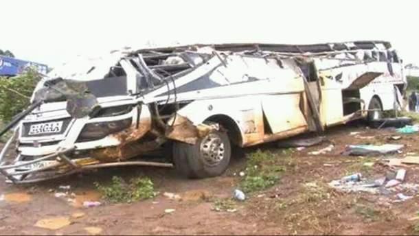 Поліція припускає, що винуватцем масштабної ДТП міг бути водій трактора