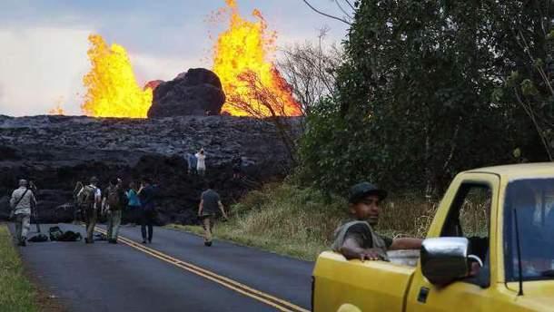 Фото извержения вулкана на Гавайях