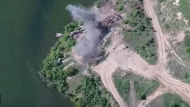 Удар по позиции пророссийских боевиков на Донбассе