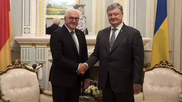 """Штайнмайер успокоил Порошенко относительно последствий строительства """"Северного потока-2"""""""