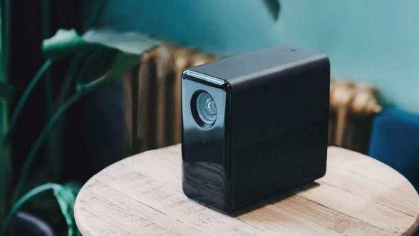 Xiaomi представила бюджетный проектор