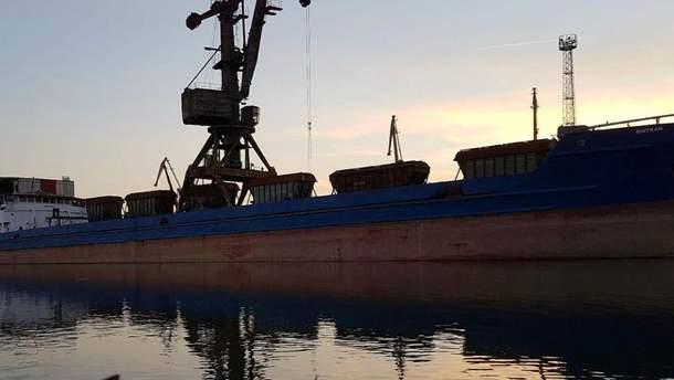 Из Украины хотели незаконно вывезти более 7 тысяч тонн кукурузы