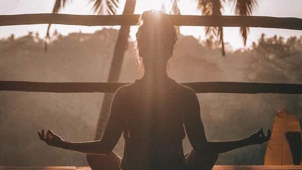 Ученые рассказали о пользе медитации для организма человека