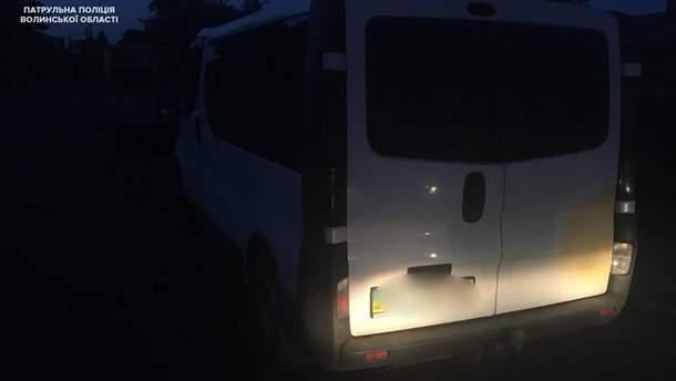 В Луцке пьяная водительница укусила полицейского