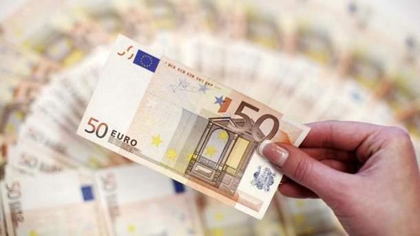 Готівковий курс валют 31 травня: євро пішов угору вперше задва тижні