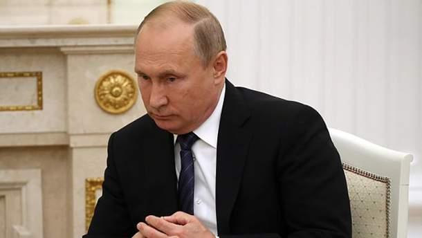 """Владимиру Путину не нравится быть """"старшим братом"""""""