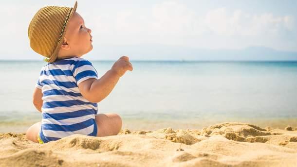Як відпочивати з малюком на морі