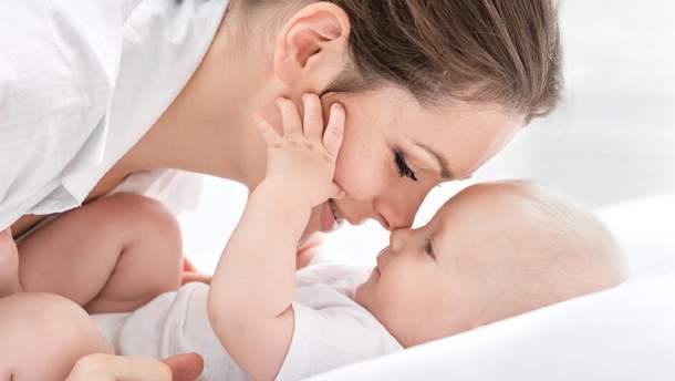 Голос женщины снижается после рождения малыша