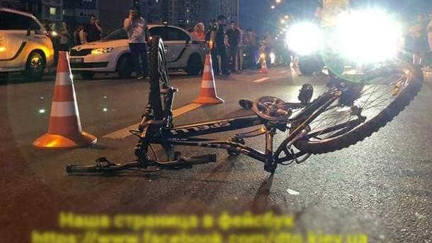 ДТП с кортежем Порошенко в Киеве: в АП опровергли причастность авто кортежа президента к аварии