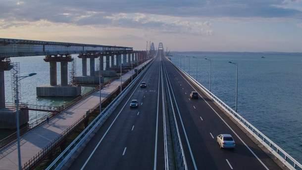 На Крымском мосту произошла первая авария