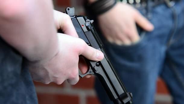 В Одесской области вблизи избирательного участка стреляли из травматического оружия