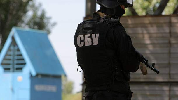 Оперативники СБУ викрили на Житомирщині чоловіків, що виготовляли та продавали вибухівку