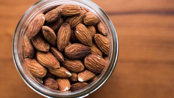 Миндаль улучшает здоровье диабетиков